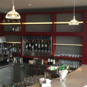 Etagères en verre éclairées - Vitrerie DAVID Sàrl - Yverdon-les-Bains